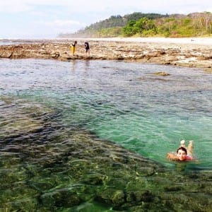 Great snorkeling can be found in this Olympic-pool-sized tide pool off Santa Teresa Beach