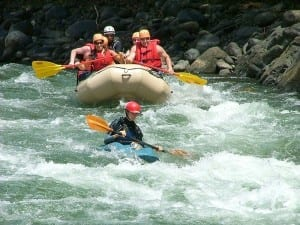 Great family rafting on the Savegre River, Manuel Antonio, Costa Rica / photo by Rios Tropicales
