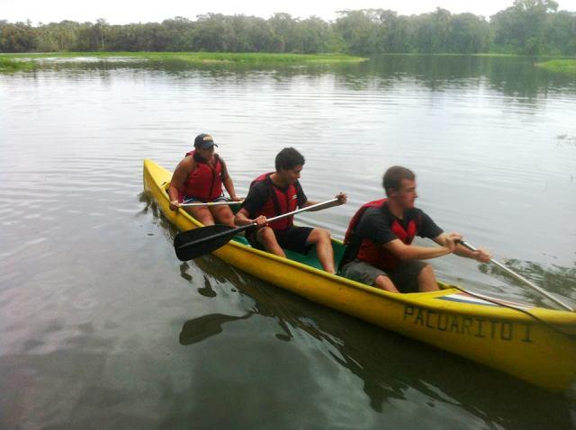 Students canoeing at Lirio Lodge Costa Rica