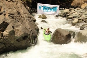 Portasol sponsors champion team in Chorro River Race in Costa