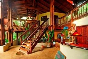 Nicuesa Lodge reception area